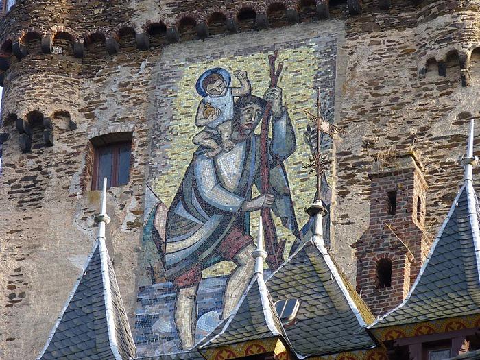 Замок Кохем под Райхсбургом. Германия. 97335