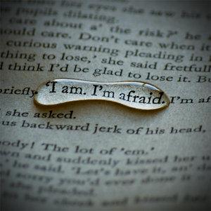 I__m_afraid__by_Amelia_Madeleine (300x301, 24 Kb)