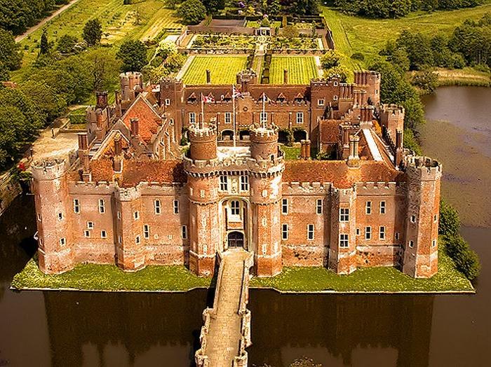 Замок Хёрстмонсо - Herstmonceux Castle 10541
