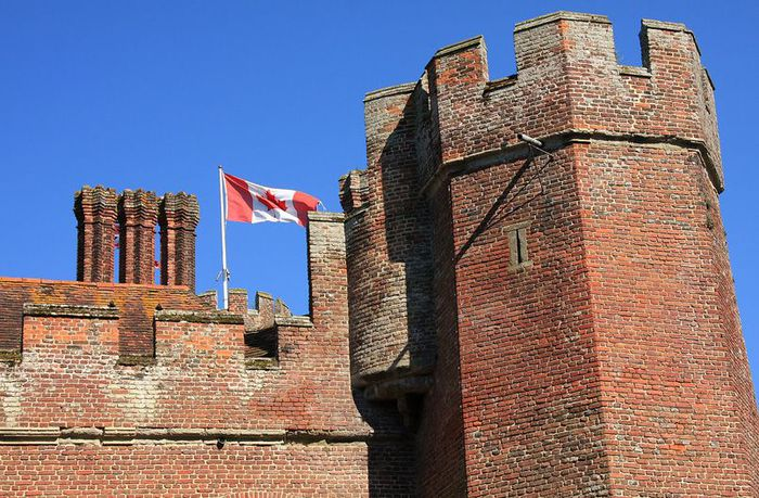 Замок Хёрстмонсо - Herstmonceux Castle 25922