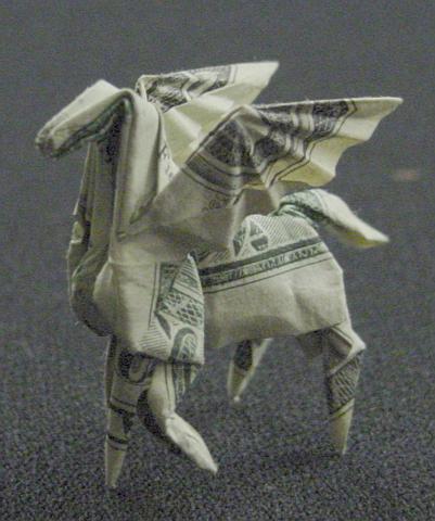 Оригами из долларов 65335785_1287152902_One_Dollar_Pegasus_by_orudorumagi11