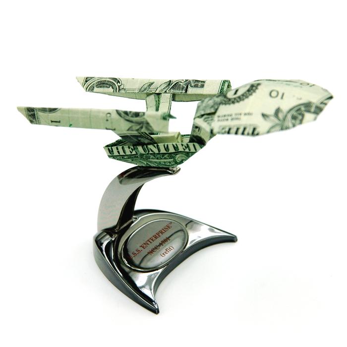 Оригами из долларов 65335793_1287152958_Two_Dollar_Enterprise_by_orudorumagi11
