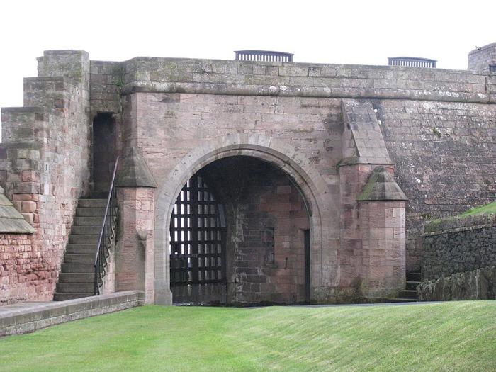 Замок Бамбург (Bamburgh) - Графство Нортумберленд 11110