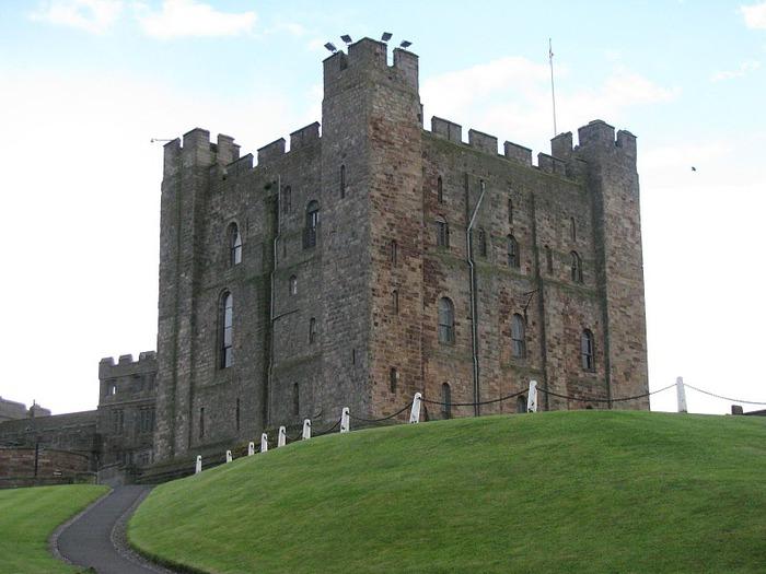 Замок Бамбург (Bamburgh) - Графство Нортумберленд 43976