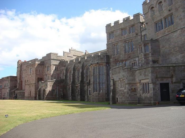 Замок Бамбург (Bamburgh) - Графство Нортумберленд 73141