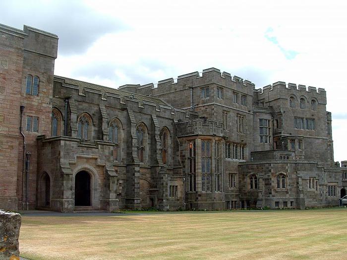 Замок Бамбург (Bamburgh) - Графство Нортумберленд 81340