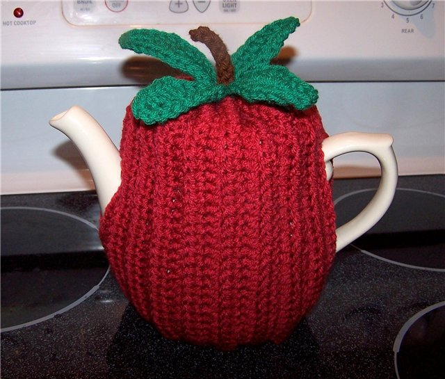 winter craft ideas: cover teapots, knitting, crochet and sewing pattern