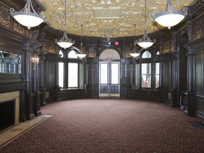 Замок Грей Тауэрс в Гленсайде 28672