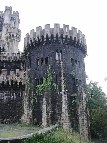 Замок Бутрон (Castillo de Butron). Испания 94317