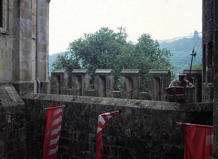 Замок Бутрон (Castillo de Butron). Испания 21291