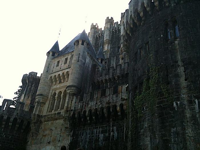 Замок Бутрон (Castillo de Butron). Испания 93658