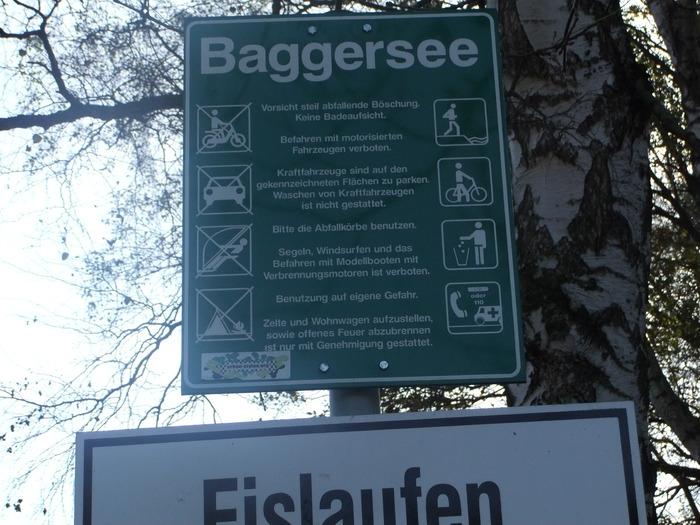 Осенний денёк на озере в Лангенау, Саксония 91487