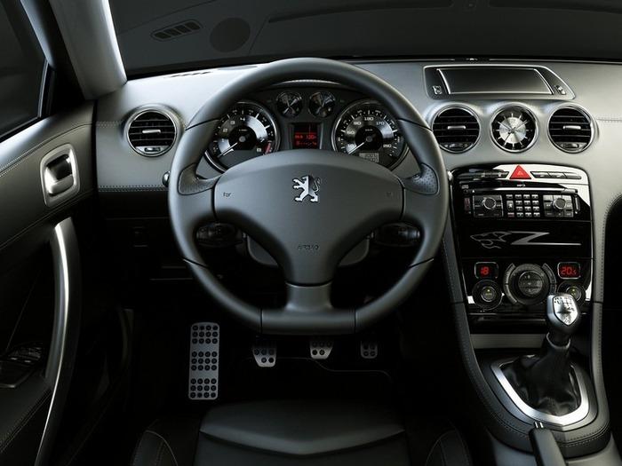 Французский автомобиль Peugeot 308 10