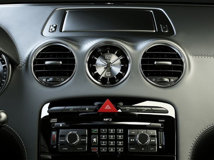 Французский автомобиль Peugeot 308 15