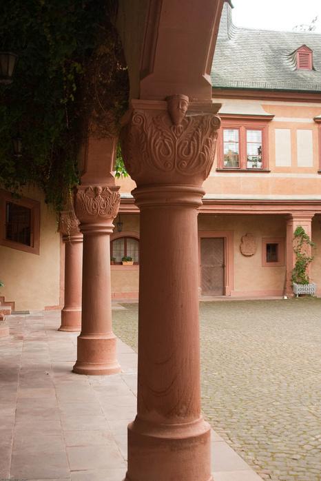 Замок Mespelbrunn. 96039