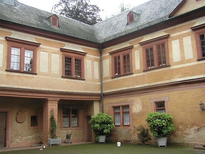 Замок Mespelbrunn. 58665