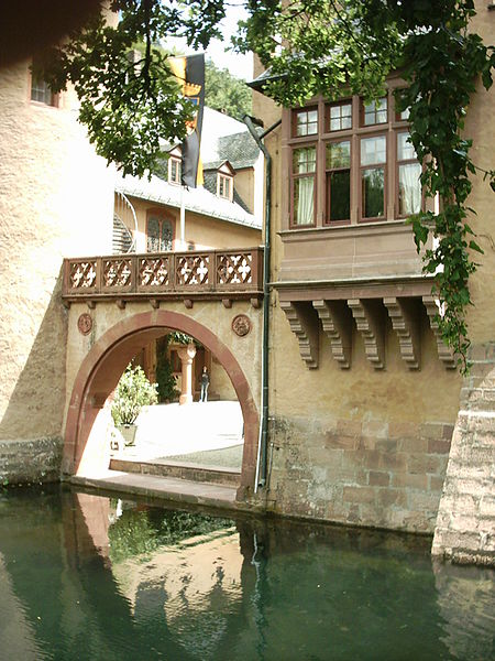 Замок Mespelbrunn. 99642