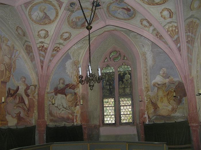 Замок Mespelbrunn. 30408