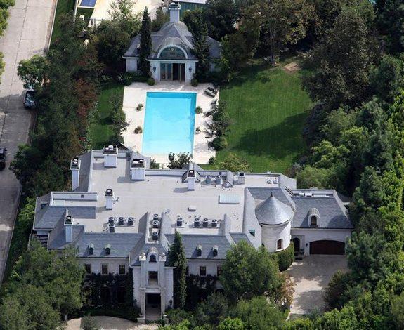 Дом, в котором умер Майкл Джексон - продается за 29 млн (575x470, 75 Kb)