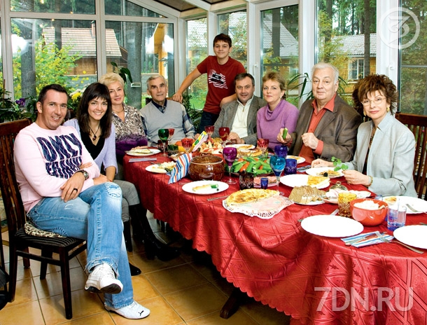 роман бабаян фото с семьей