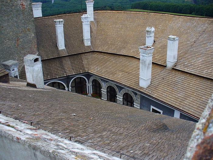 Замок Бухлов (Buchlov) 77508