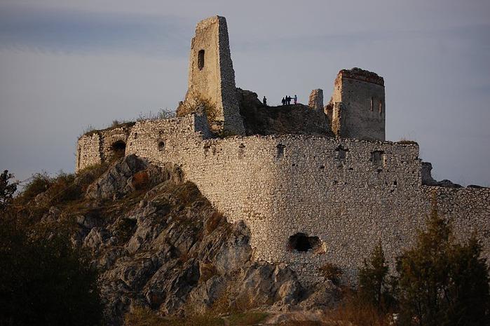 Чахтицкий замок (Cachtice castle) -замок Кровавой Графини. 55560