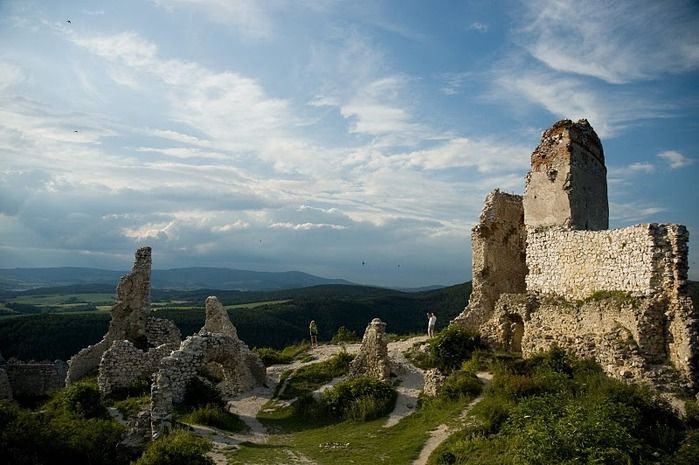 Чахтицкий замок (Cachtice castle) -замок Кровавой Графини. 30555