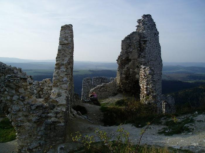 Чахтицкий замок (Cachtice castle) -замок Кровавой Графини. 58520
