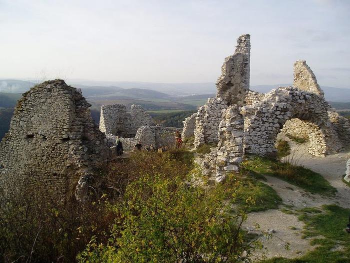 Чахтицкий замок (Cachtice castle) -замок Кровавой Графини. 82432