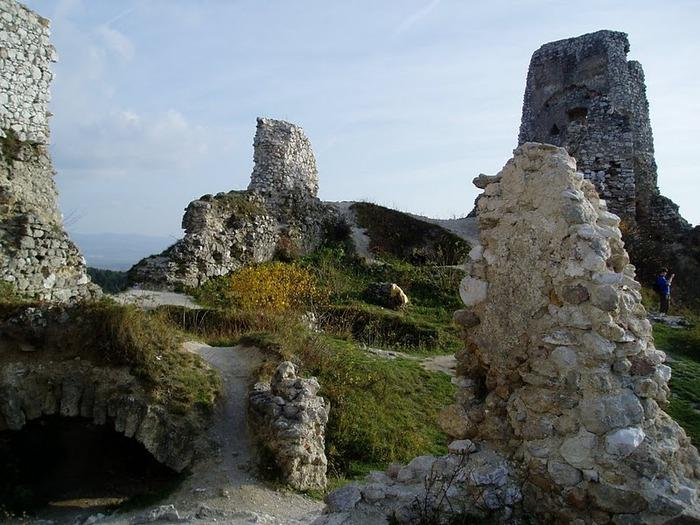 Чахтицкий замок (Cachtice castle) -замок Кровавой Графини. 25061