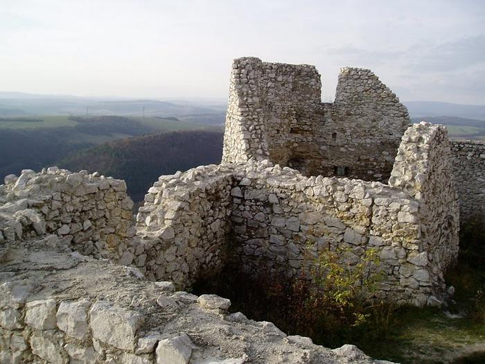 Чахтицкий замок (Cachtice castle) -замок Кровавой Графини. 99137