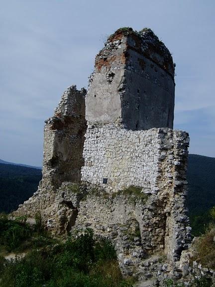 Чахтицкий замок (Cachtice castle) -замок Кровавой Графини. 30180