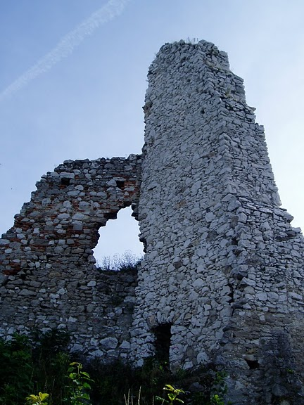 Чахтицкий замок (Cachtice castle) -замок Кровавой Графини. 47718