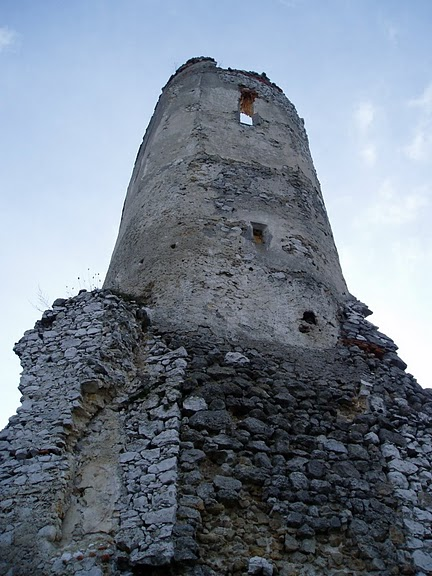 Чахтицкий замок (Cachtice castle) -замок Кровавой Графини. 13059