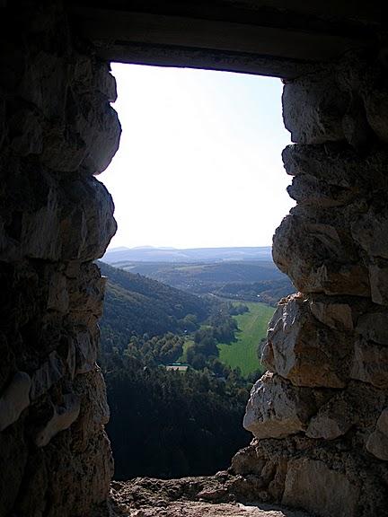 Чахтицкий замок (Cachtice castle) -замок Кровавой Графини. 36300