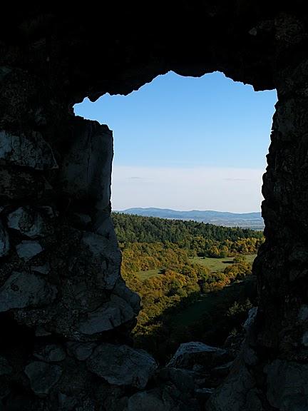 Чахтицкий замок (Cachtice castle) -замок Кровавой Графини. 39083
