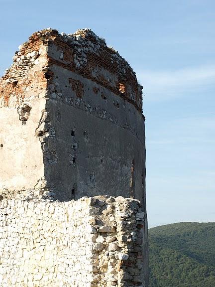 Чахтицкий замок (Cachtice castle) -замок Кровавой Графини. 34988
