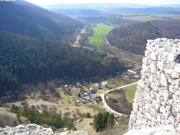Чахтицкий замок (Cachtice castle) -замок Кровавой Графини. 45211