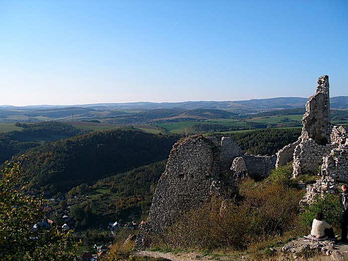 Чахтицкий замок (Cachtice castle) -замок Кровавой Графини. 71393