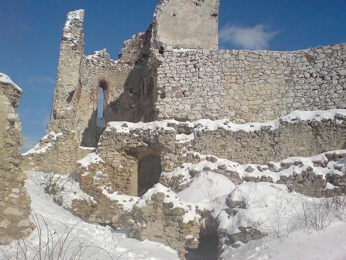 Чахтицкий замок (Cachtice castle) -замок Кровавой Графини. 26572
