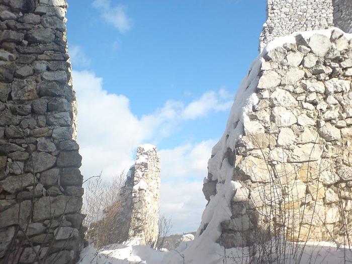 Чахтицкий замок (Cachtice castle) -замок Кровавой Графини. 29886