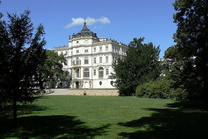 Плосковице (Ploskovice) - замок 68935