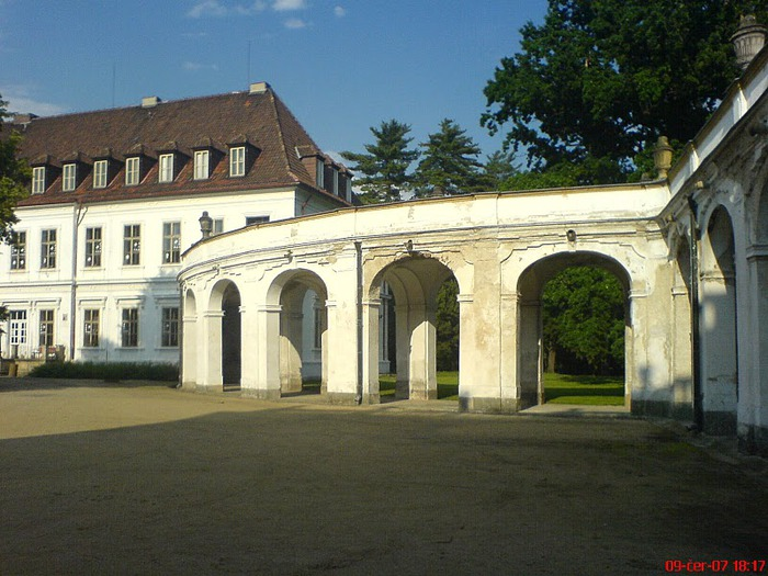 Плосковице (Ploskovice) - замок 22846