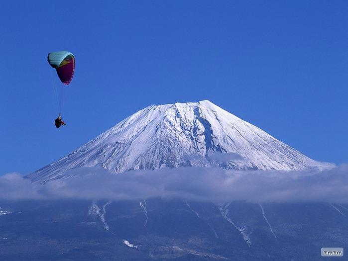 Величественный символ Японии - гора Фудзи 14