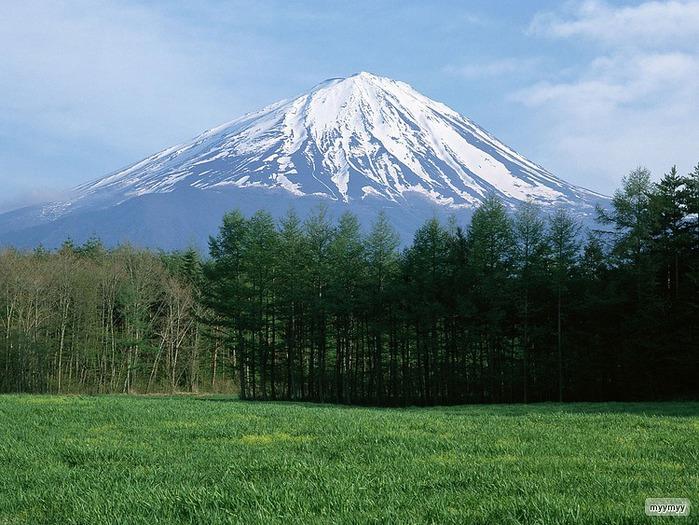 Величественный символ Японии - гора Фудзи 20