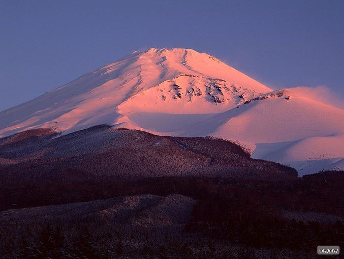 Величественный символ Японии - гора Фудзи 23