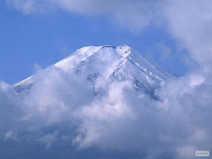 Величественный символ Японии - гора Фудзи 25
