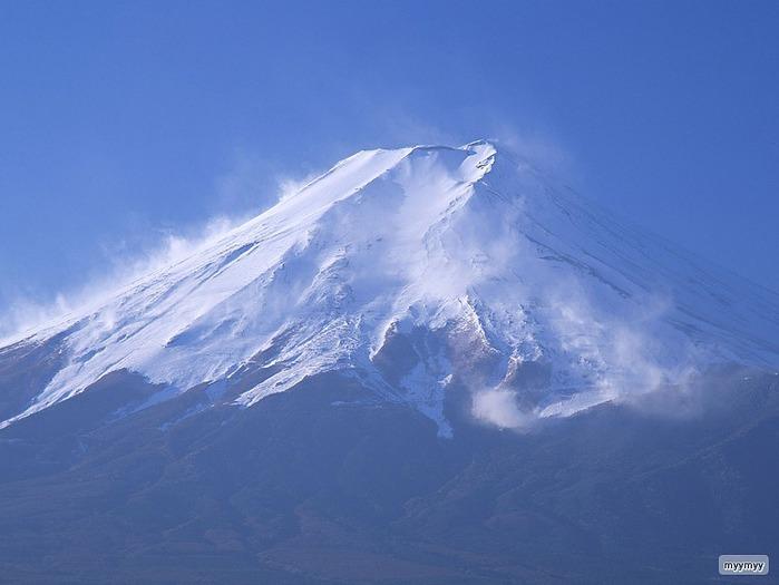 Величественный символ Японии - гора Фудзи 32