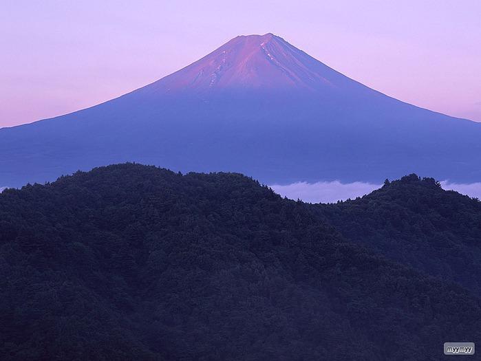Величественный символ Японии - гора Фудзи 43
