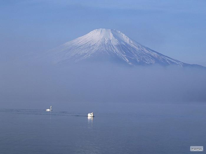 Величественный символ Японии - гора Фудзи 44